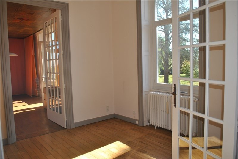 Deluxe sale house / villa Ouches 490000€ - Picture 2