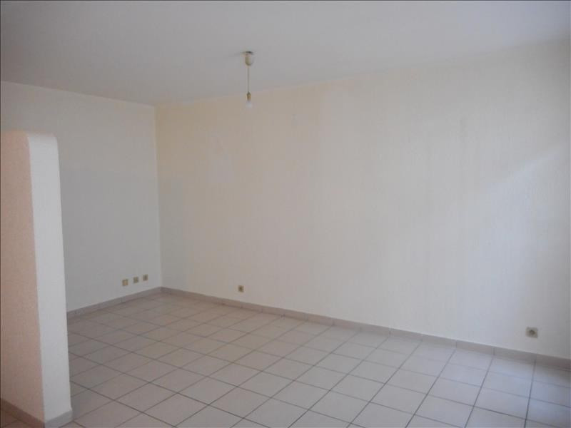 Rental apartment Voiron 348€ CC - Picture 3