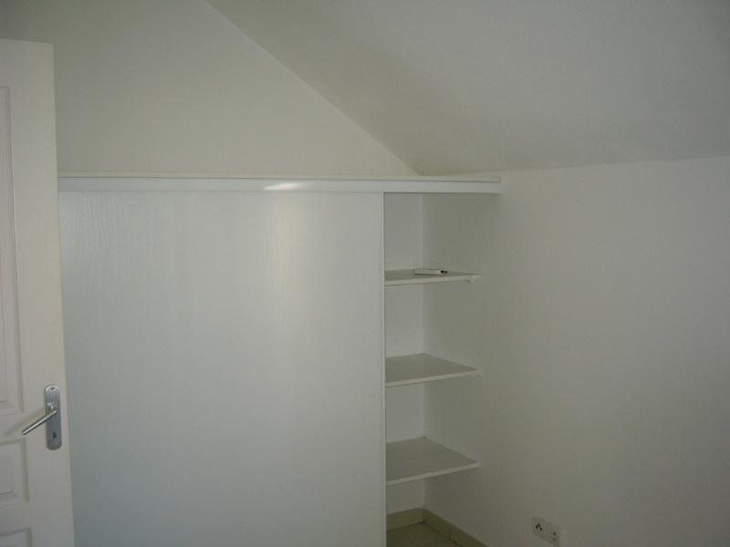 Rental apartment Ste clotilde 602€ CC - Picture 6