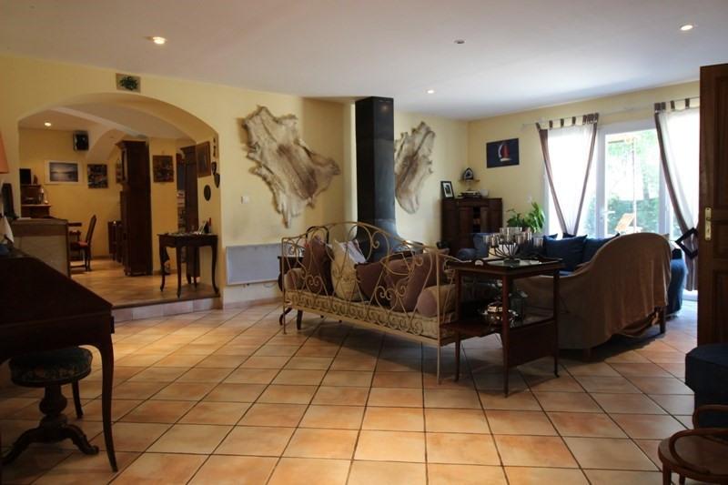 Vente de prestige maison / villa Lagnes 650000€ - Photo 6