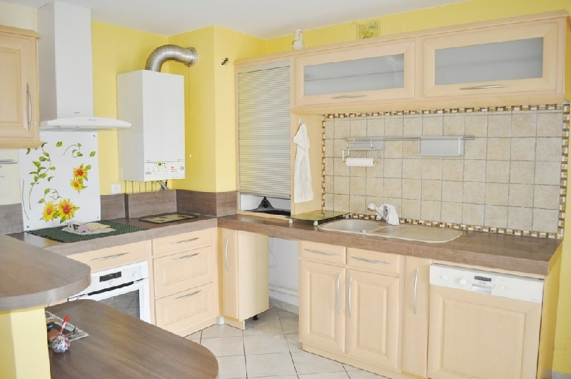 Sale apartment St fons 153 000€ - Picture 5