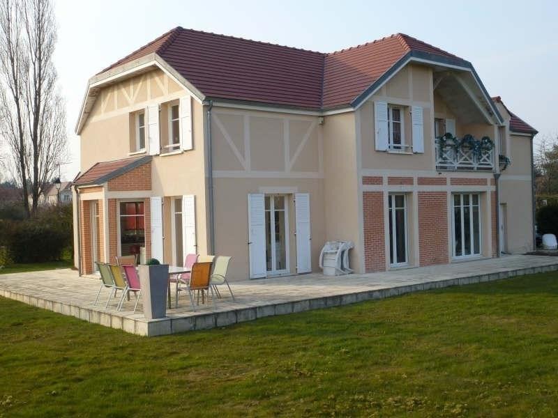 Sale house / villa Feucherolles 870000€ - Picture 1