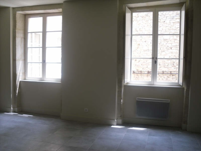 Location appartement Nimes 415€ CC - Photo 3