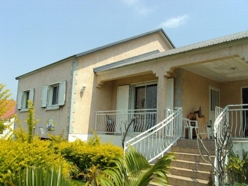 Rental house / villa Les trois mares 950€ +CH - Picture 1