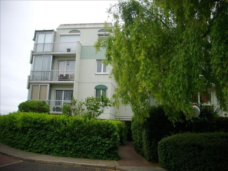Rental apartment Chatou 692€ CC - Picture 1