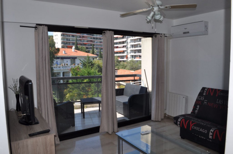 Rental apartment Nice 570€ CC - Picture 1