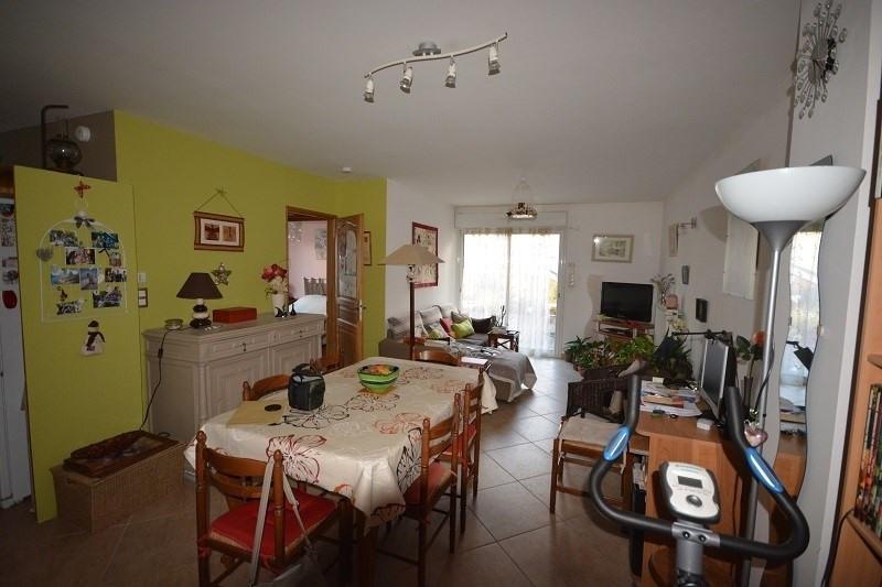 Sale apartment La tour du pin 136500€ - Picture 2