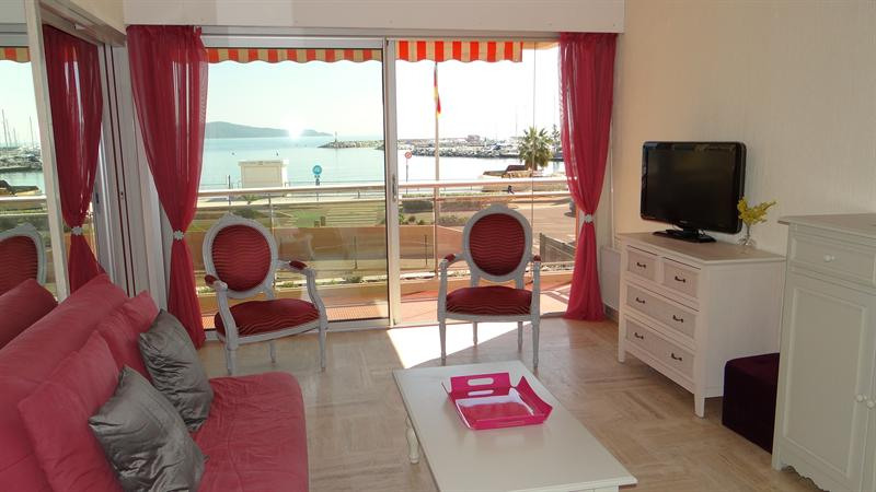 Location vacances appartement Cavalaire sur mer 800€ - Photo 8