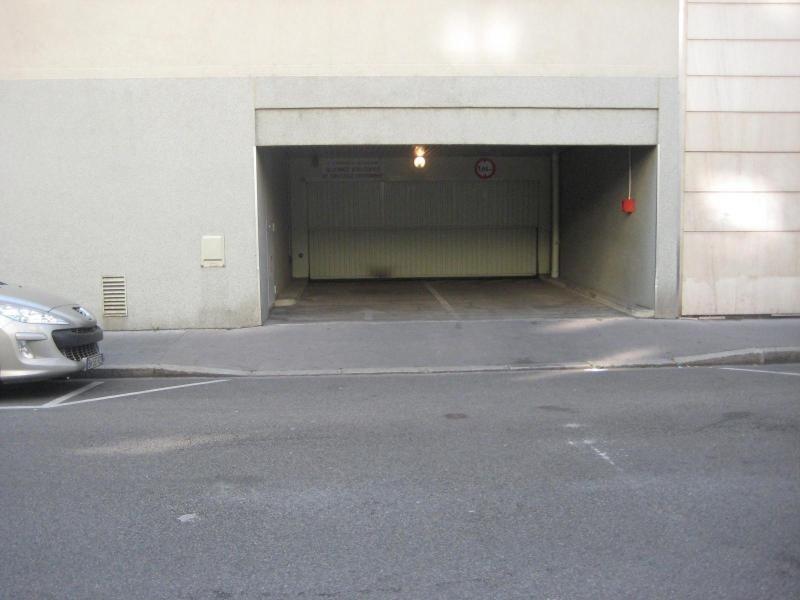 Location parking Lyon 6ème 140,83€ CC - Photo 3