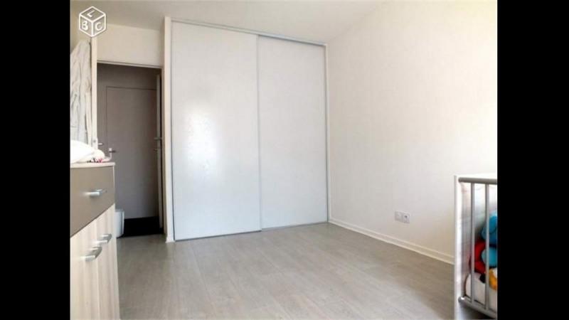 Sale apartment Saint-andré-de-corcy 153000€ - Picture 2