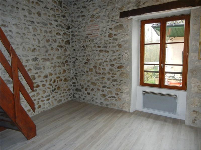 Verhuren  appartement Chirens 283€ CC - Foto 1