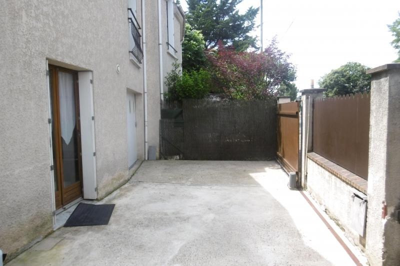 Sale house / villa Noisy le grand 359000€ - Picture 9