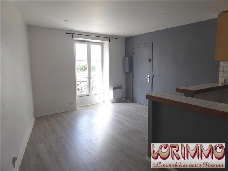 Rental apartment Mennecy 695€ CC - Picture 1