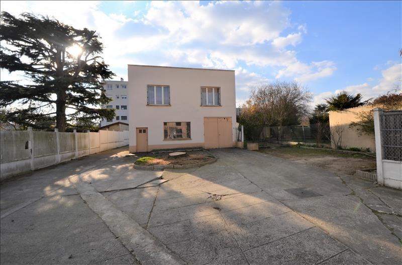 Sale building Houilles 367000€ - Picture 1