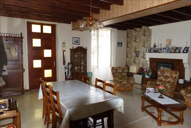 Sale house / villa St jean d angely 158250€ - Picture 3