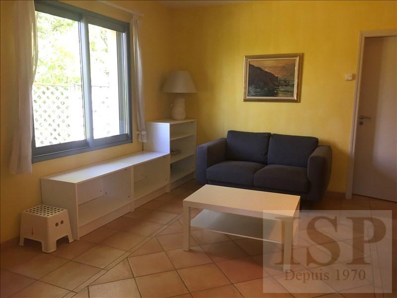 Rental house / villa Aix en provence 780€ CC - Picture 2