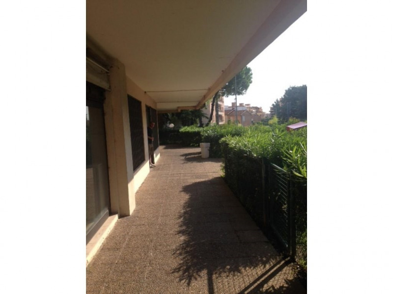 Location local commercial Cagnes-sur-mer 850€ +CH - Photo 3