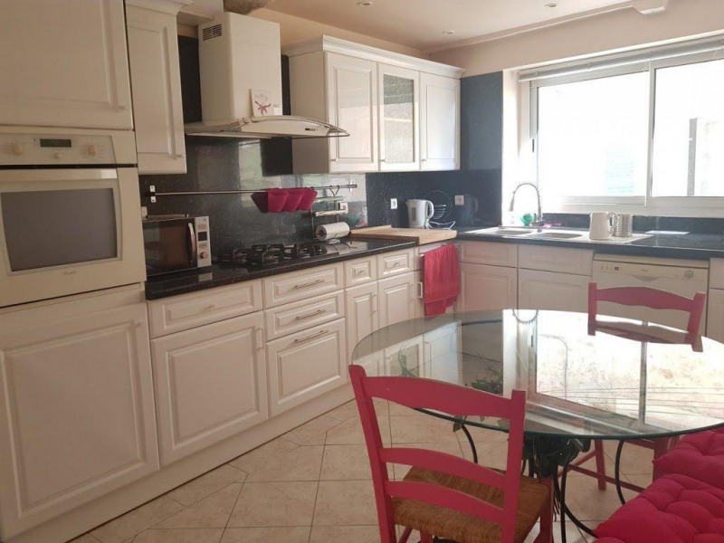 Sale house / villa La gaude 323000€ - Picture 3