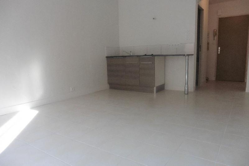 Rental apartment Pont l abbe 290€ CC - Picture 3