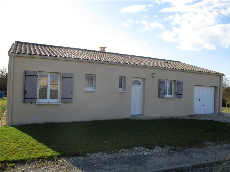Sale house / villa St jean d angely 158 685€ - Picture 2