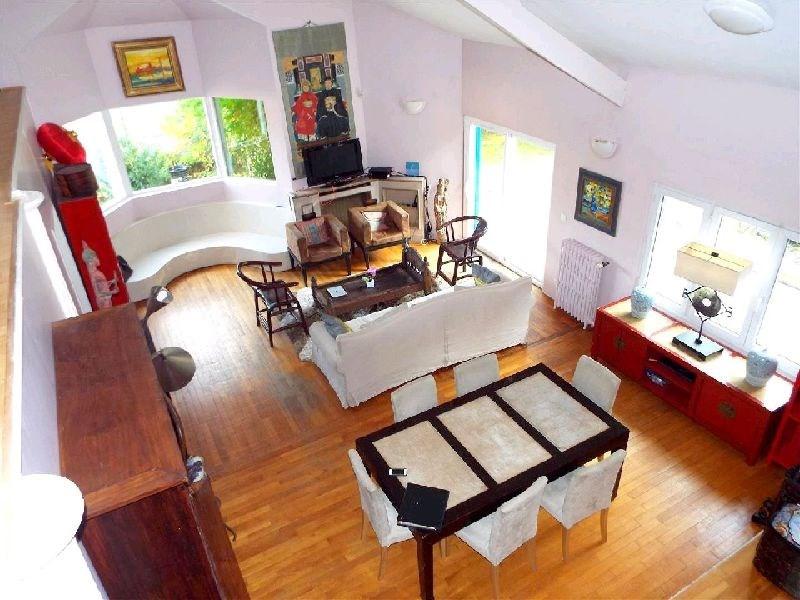 Sale house / villa Ste genevieve des bois 599000€ - Picture 1