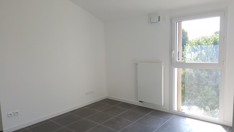 Location appartement Fréjus 915€ CC - Photo 6