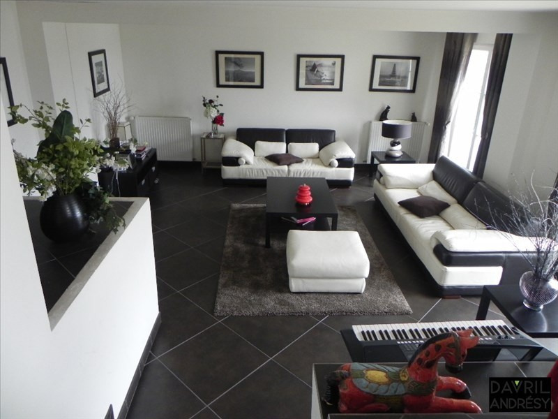 Deluxe sale house / villa Andresy 690000€ - Picture 2