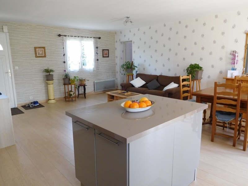 Sale house / villa St yzan de soudiac 184000€ - Picture 4