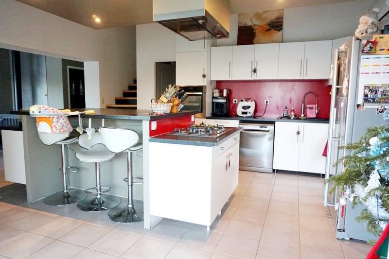 Vente maison / villa Les milles 290000€ - Photo 6