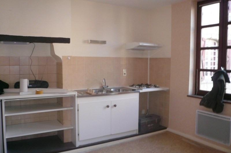Location appartement Figeac 420€ CC - Photo 1