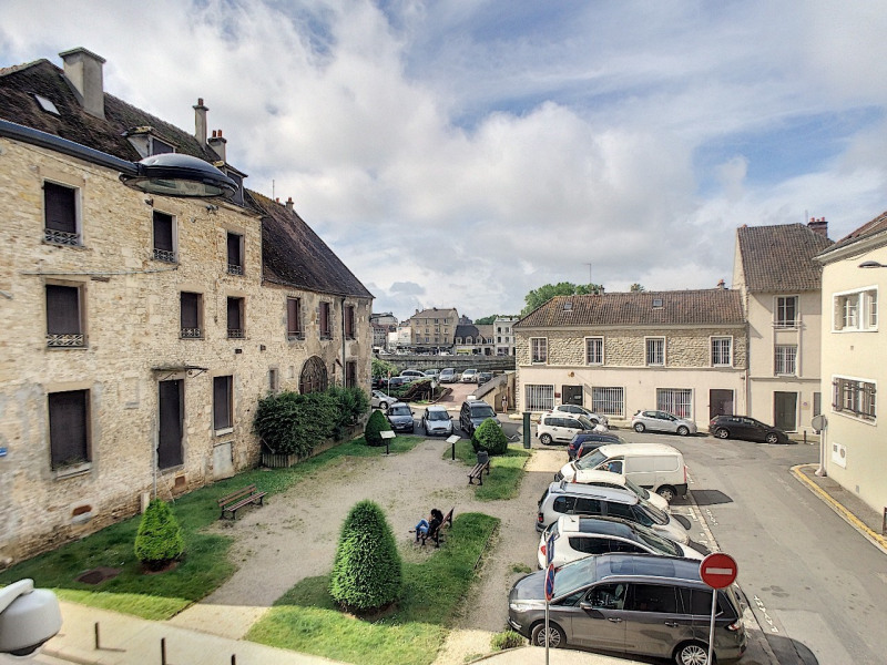 Sale apartment Melun 250 000€ - Picture 1