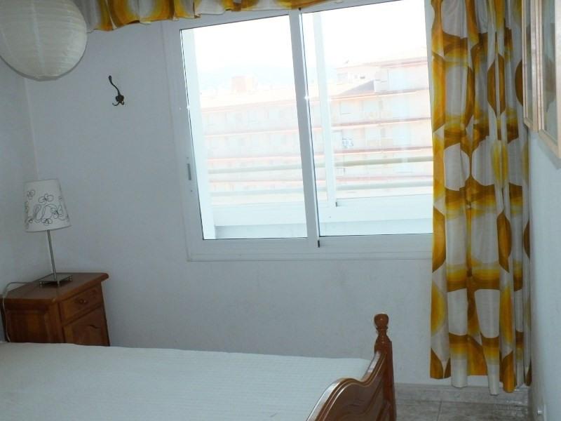 Location vacances appartement Roses santa-margarita 344€ - Photo 9