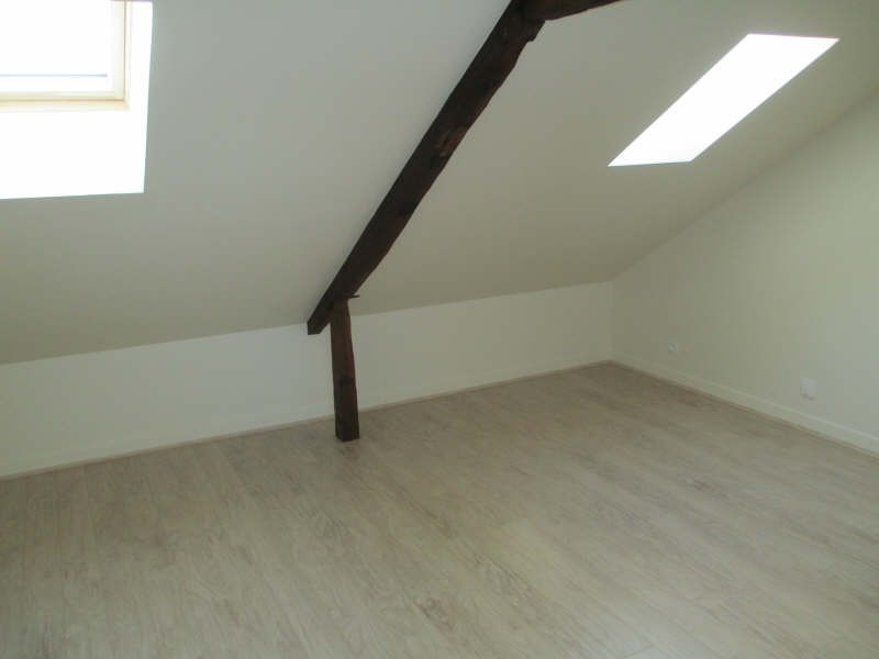 Rental apartment Neuilly en thelle 625€ CC - Picture 3
