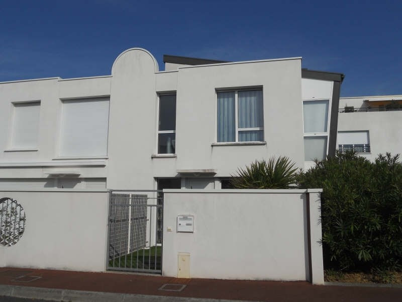 Sale house / villa Royan 346000€ - Picture 1