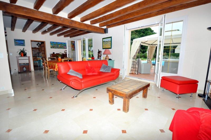 Sale house / villa St cheron 719000€ - Picture 7