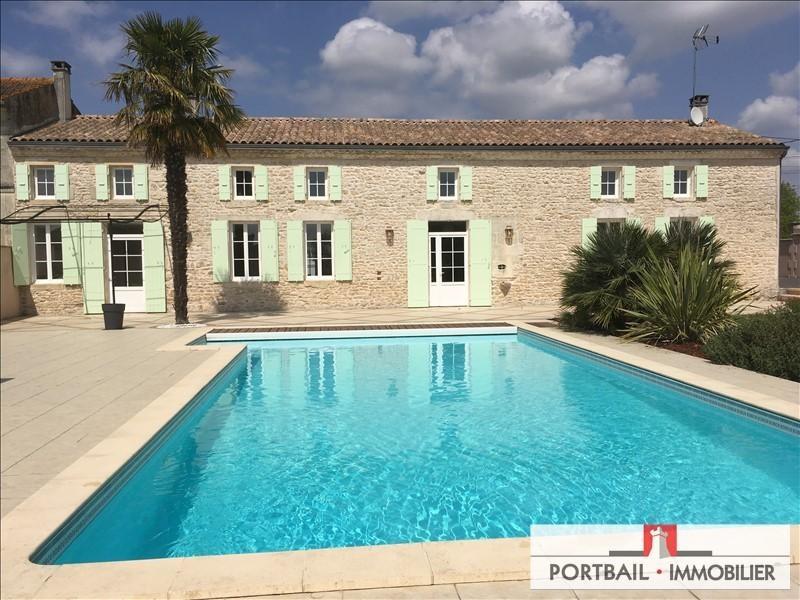 Sale house / villa Blaye 367000€ - Picture 1