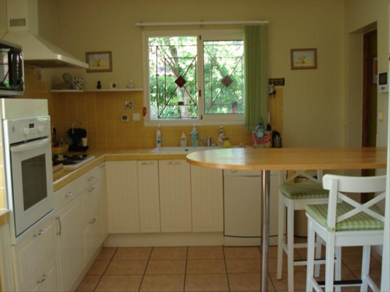 Vente maison / villa Castelnau de medoc 315000€ - Photo 4