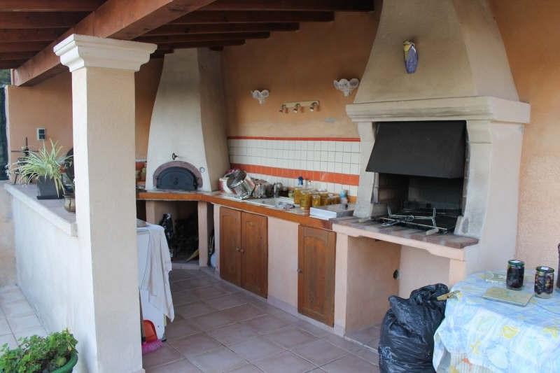 Sale house / villa La crau 398000€ - Picture 8