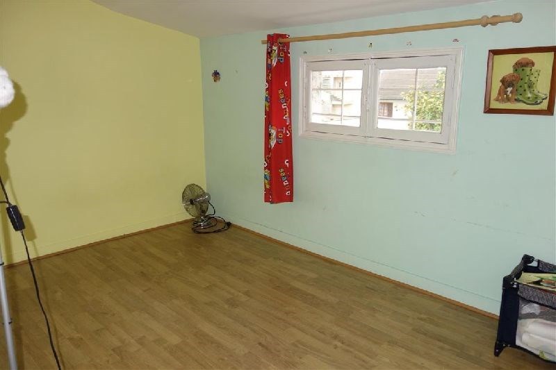 Vendita casa Ste genevieve des bois 285000€ - Fotografia 6