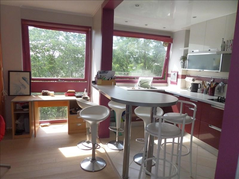Sale apartment La celle st cloud 355000€ - Picture 2