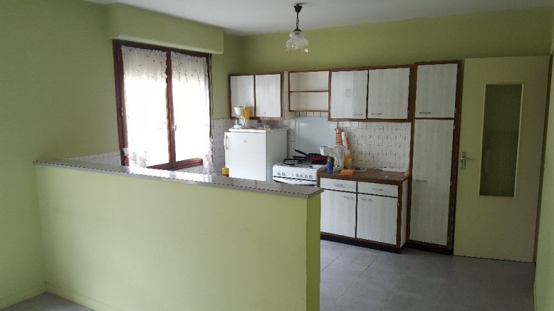 Sale house / villa Escames 158000€ - Picture 4