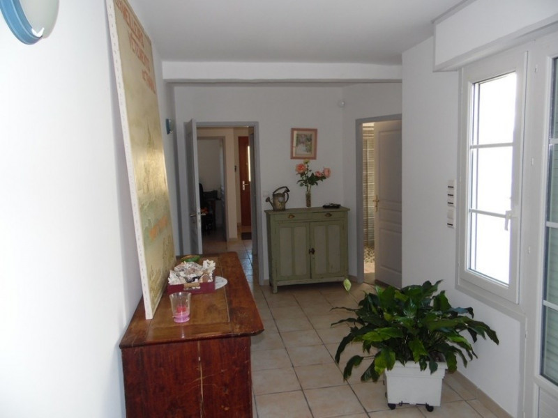 Sale house / villa Chaillevette 357 000€ - Picture 3