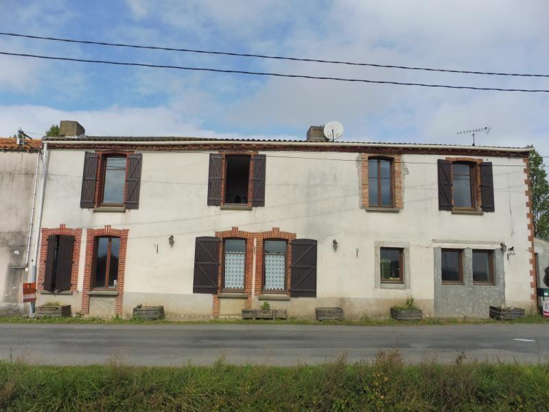 Vente maison / villa Le may sur evre 137900€ - Photo 1