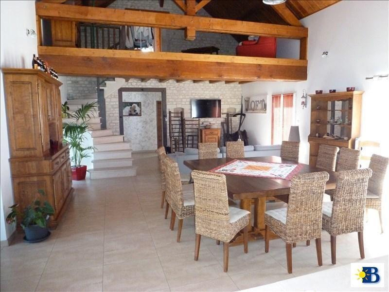 Vente maison / villa Dange st romain 397100€ - Photo 3