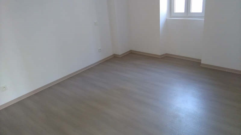 Sale apartment Toulon 380 000€ - Picture 2