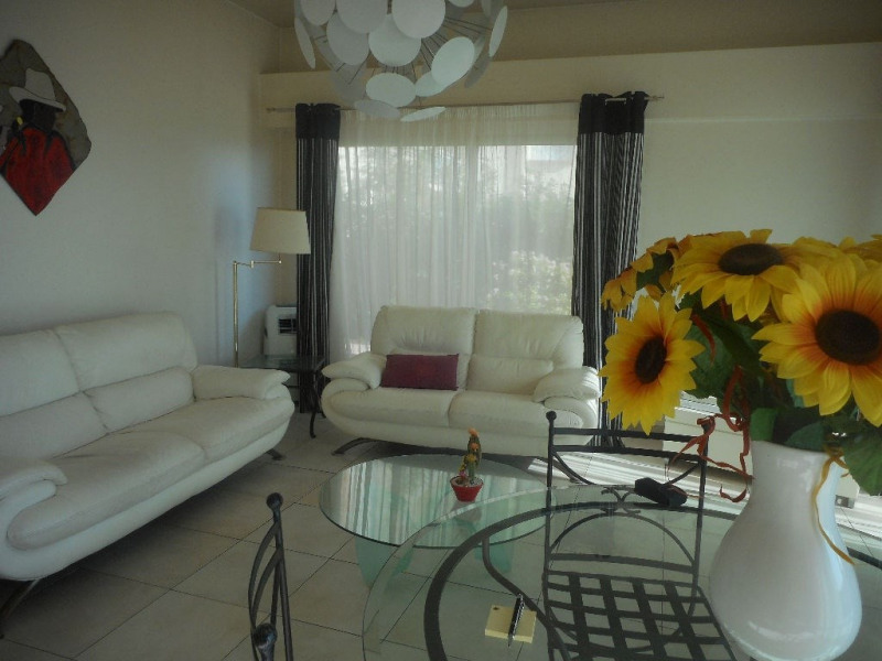 Sale apartment Menton 565000€ - Picture 3