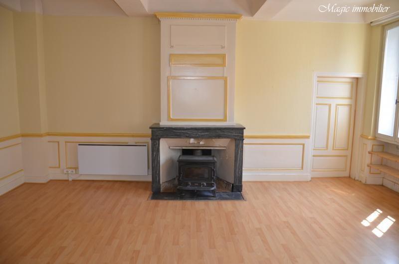 Location appartement Nantua 433€ CC - Photo 3