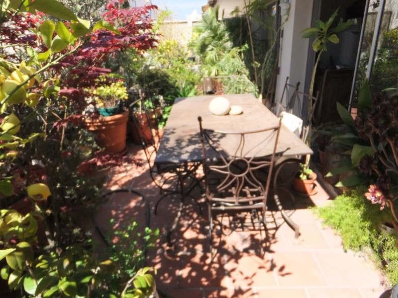 Sale apartment Toulon 245000€ - Picture 1