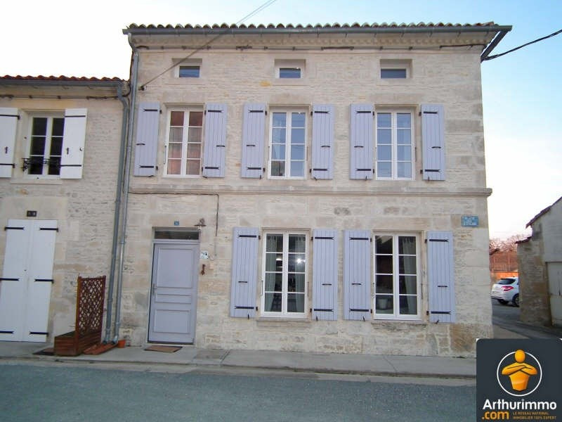 Vente maison / villa Matha 157620€ - Photo 1