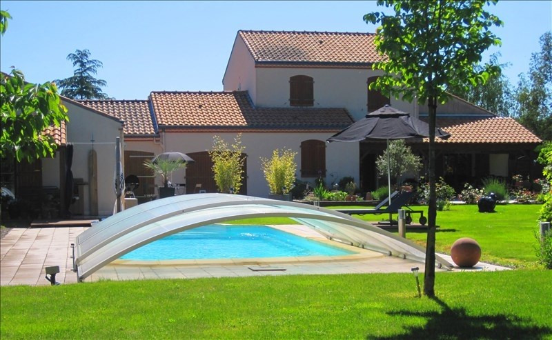 Vente de prestige maison / villa Pont st martin 849680€ - Photo 1